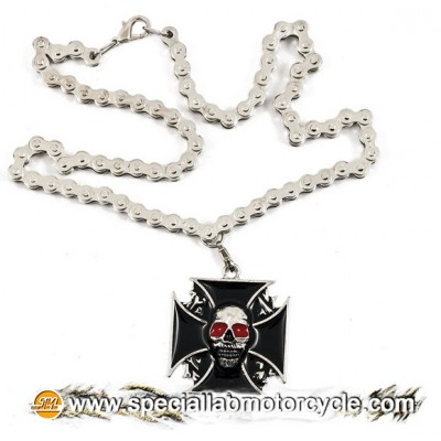 Collana Croce Maltese Red Eyes Skull